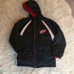Nike red wings reverse jacket